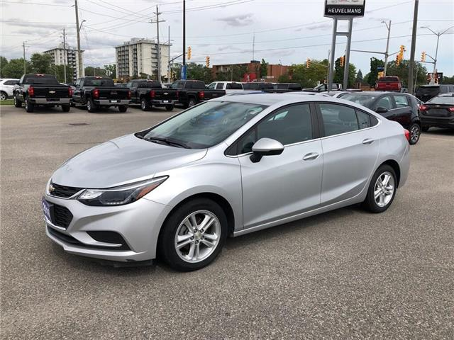 2016 Chevrolet Cruze LT Auto (Stk: 19045A) in Chatham - Image 1 of 18