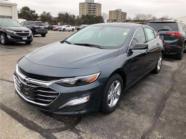 2020 Chevrolet Malibu 1LS (Stk: L007) in Chatham - Image 1 of 4