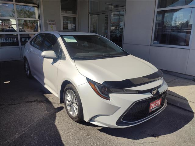 2020 Toyota Corolla XLE (Stk: 20041) in Bowmanville - Image 1 of 12