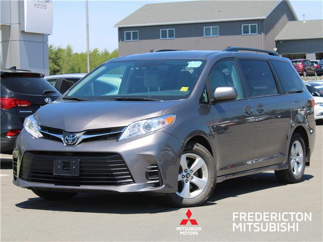 2019 Toyota Sienna LE 8-Passenger (Stk: 200738A) in Fredericton - Image 1 of 8