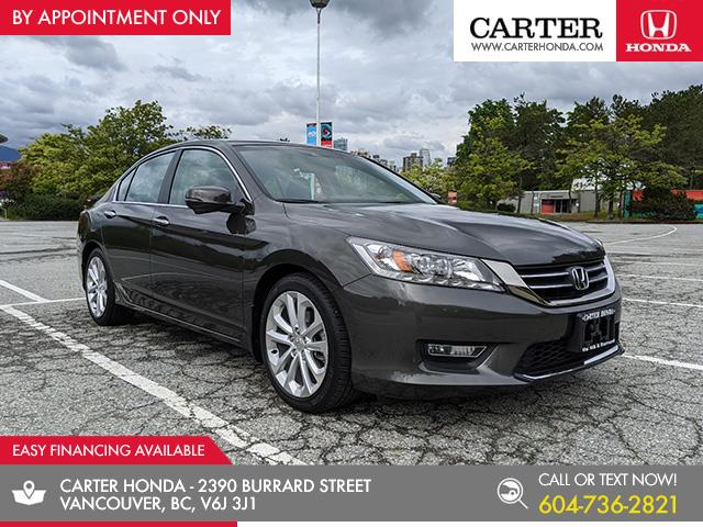 2013 Honda Accord Touring (Stk: 3L26292) in Vancouver - Image 1 of 25