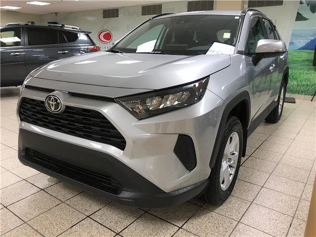 2020 Toyota RAV4 LE (Stk: 201008) in Calgary - Image 1 of 18
