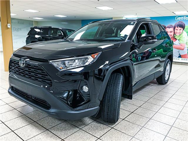 2020 Toyota RAV4 XLE (Stk: 201016) in Calgary - Image 1 of 17