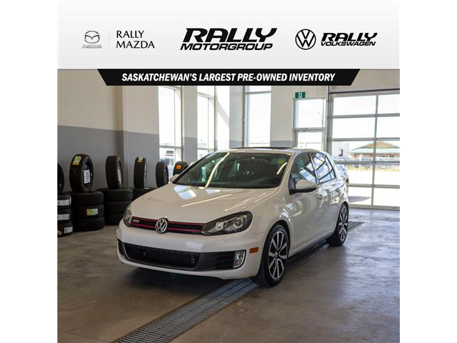 2012 Volkswagen Golf GTI 5-Door (Stk: V890A) in Prince Albert - Image 1 of 14