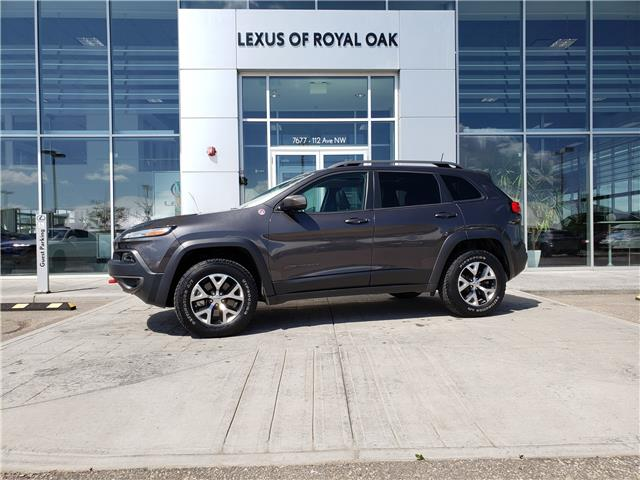 2016 Jeep Cherokee Trailhawk (Stk: L20422A) in Calgary - Image 1 of 25