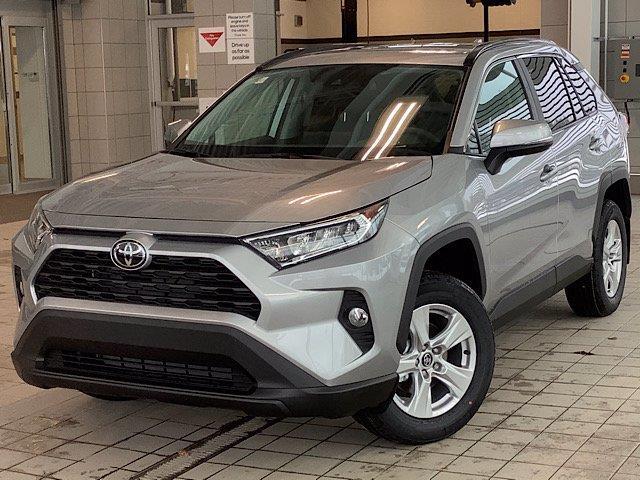 2020 Toyota RAV4 XLE (Stk: 22307) in Kingston - Image 1 of 28