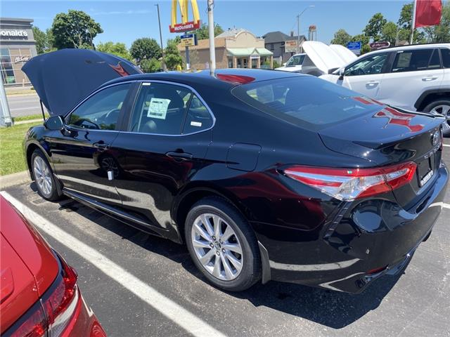 2020 Toyota Camry SE (Stk: CA2853) in Niagara Falls - Image 1 of 8