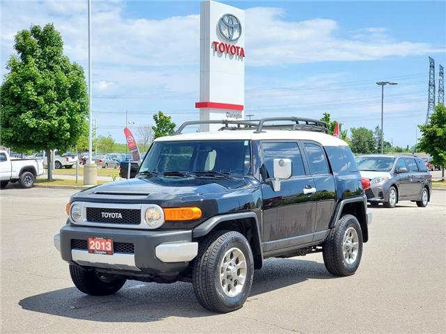 2013 Toyota FJ Cruiser Base (Stk: P2474B) in Bowmanville - Image 1 of 27