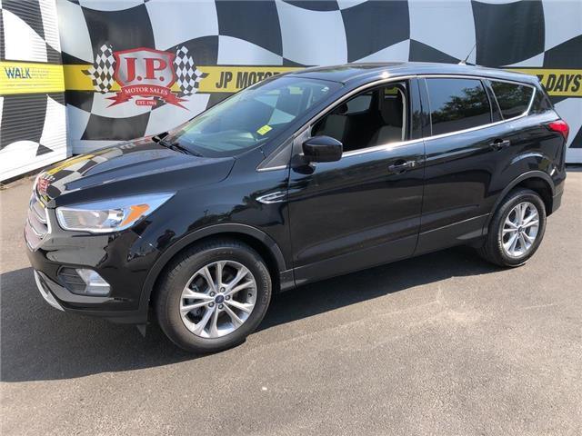 2019 Ford Escape SE (Stk: 49398) in Burlington - Image 1 of 19