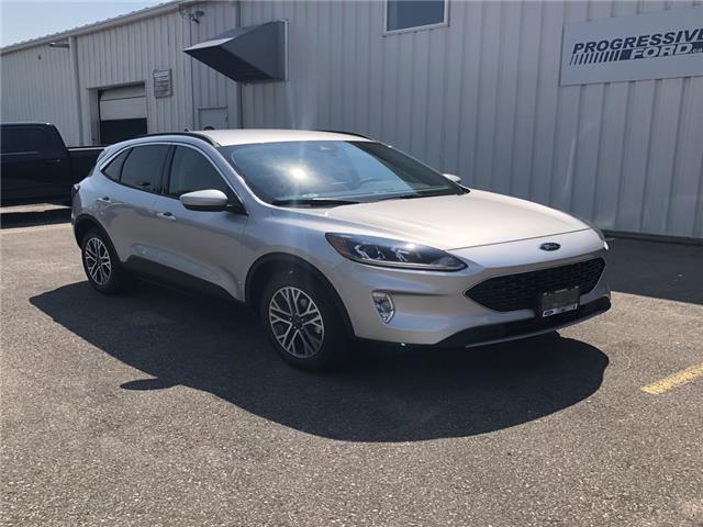 2020 Ford Escape SEL (Stk: LUB46354) in Wallaceburg - Image 1 of 16
