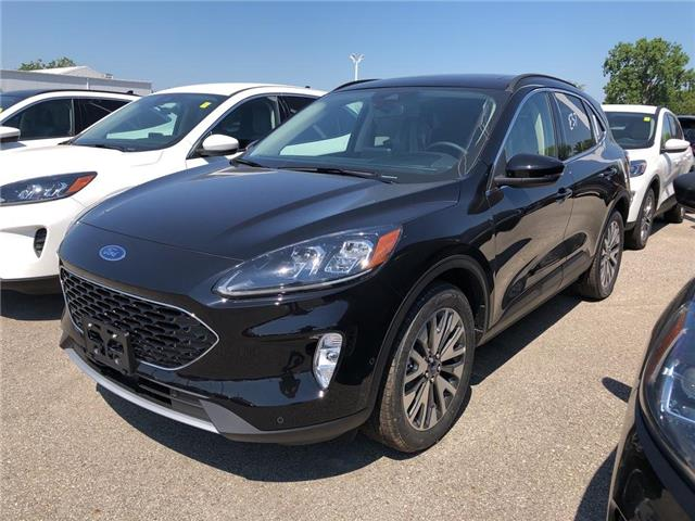 2020 Ford Escape Titanium Hybrid (Stk: VEP19573) in Chatham - Image 1 of 5