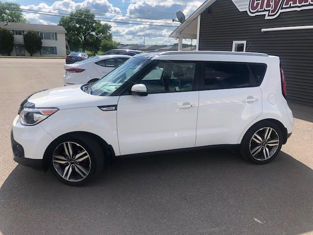2017 Kia Soul EX+ (Stk: ) in Sussex - Image 1 of 25