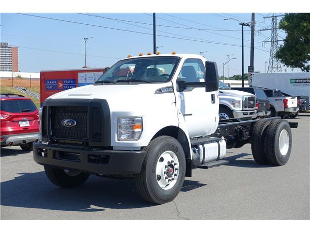 2021 Ford F650 SUPER DUTY REGULAR CAB (Stk: 2100010) in Ottawa - Image 1 of 12