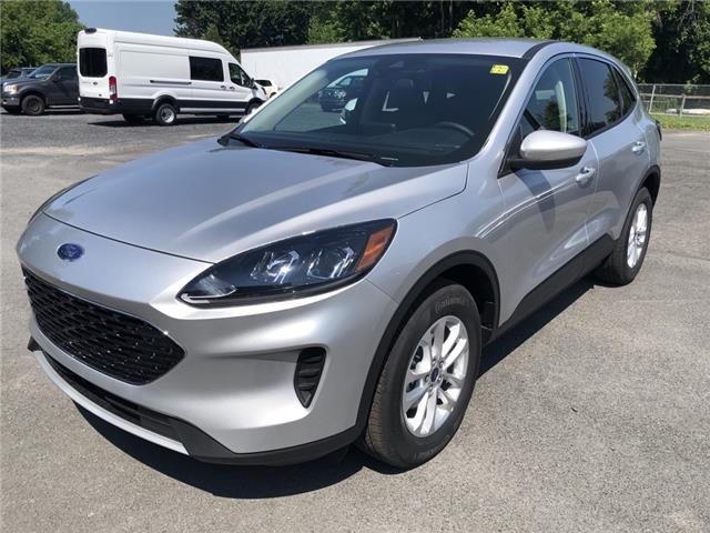 2020 Ford Escape SE (Stk: 20192) in Cornwall - Image 1 of 12