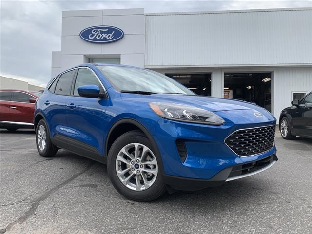 2020 Ford Escape SE (Stk: 020086) in Parry Sound - Image 1 of 17