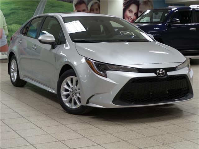 2020 Toyota Corolla LE (Stk: 201152) in Calgary - Image 1 of 21