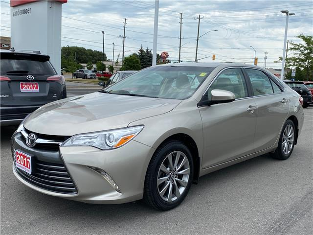 2017 Toyota Camry XLE (Stk: W5032C) in Cobourg - Image 1 of 27