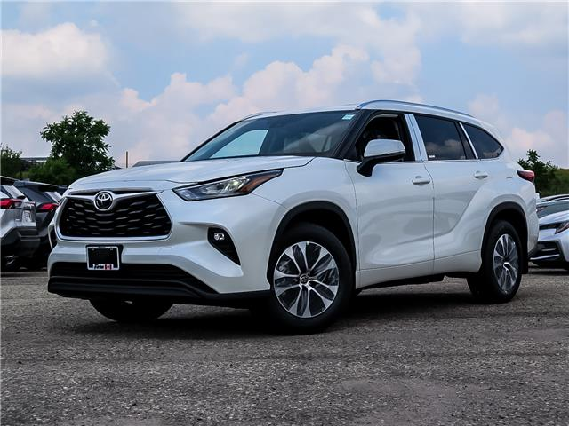 2020 Toyota Highlander XLE (Stk: 05361) in Waterloo - Image 1 of 21