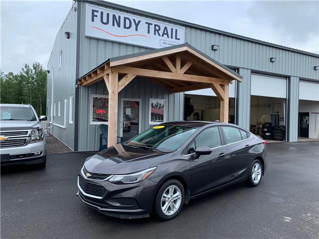 2016 Chevrolet Cruze LT Auto (Stk: 1832A) in Sussex - Image 1 of 10