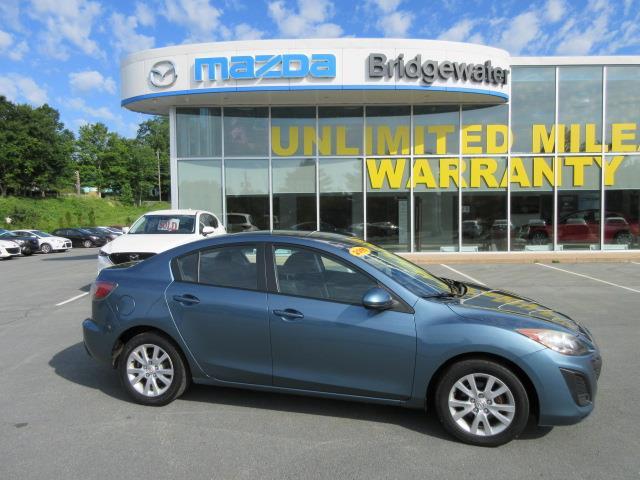 2011 Mazda Mazda3 GX (Stk: ) in Hebbville - Image 1 of 16