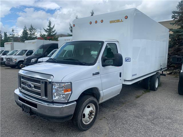 2018 Ford E-450 Cutaway Base (Stk: ) in Woodbridge - Image 1 of 1