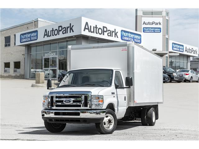 2016 Ford E-450 Cutaway Base (Stk: CTDR4040) in Mississauga - Image 1 of 17