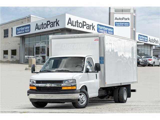 2017 Chevrolet Express Cutaway 3500 1WT (Stk: CTDR3936) in Mississauga - Image 1 of 16