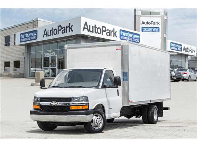 2017 Chevrolet Express Cutaway 4500 2WT (Stk: CTDR3904) in Mississauga - Image 1 of 15