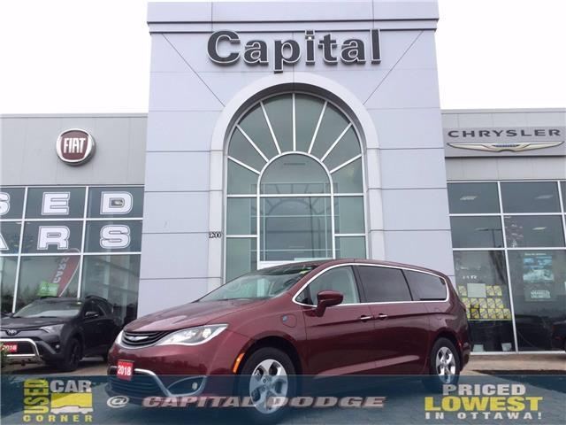 2018 Chrysler Pacifica Hybrid Touring Plus (Stk: J00704C) in Kanata - Image 1 of 28