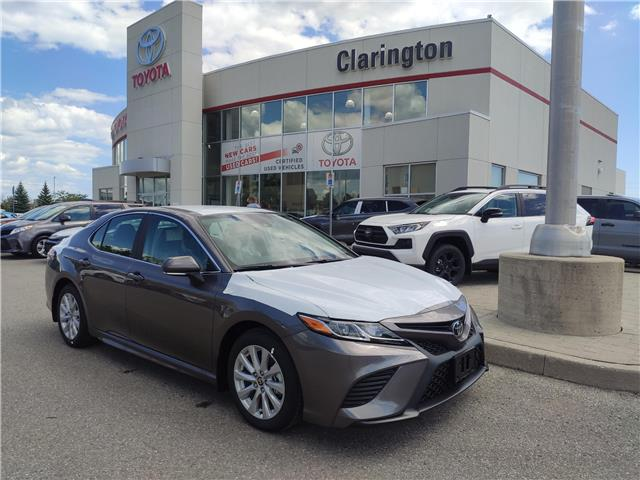 2020 Toyota Camry SE (Stk: 20633) in Bowmanville - Image 1 of 7