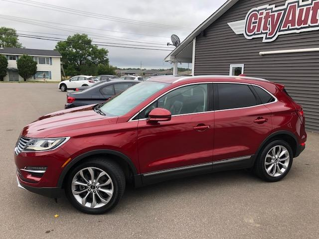2017 Lincoln MKC Select (Stk: ) in Sussex - Image 1 of 30