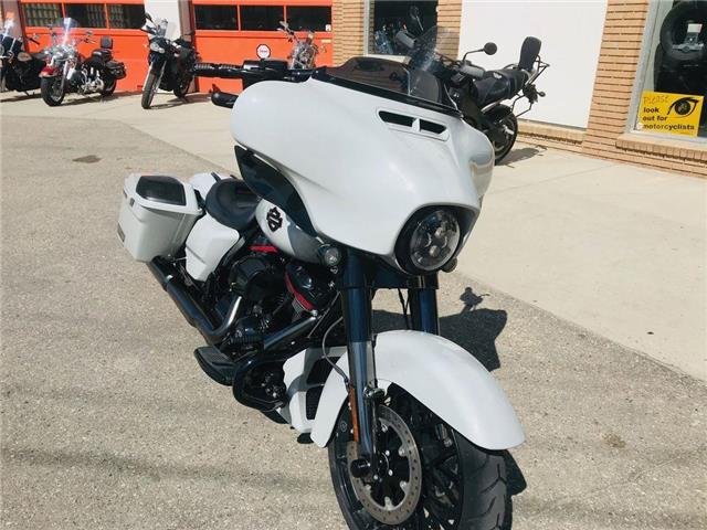 2020 Harley-Davidson FLHXSE - CVO™ Street Glide®  (Stk: Consignment) in Saskatoon - Image 1 of 8