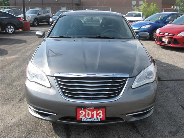 2013 Chrysler 200 LX (Stk: 5333A) in Sarnia - Image 1 of 8