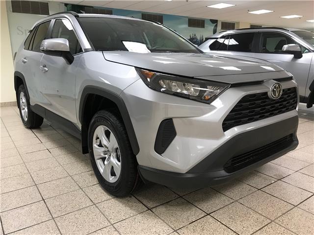 2020 Toyota RAV4 LE (Stk: 201320) in Calgary - Image 1 of 19