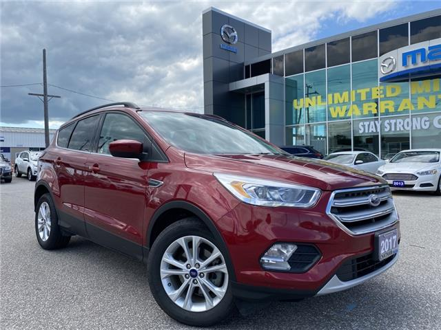 2017 Ford Escape SE (Stk: UM2444A) in Chatham - Image 1 of 21
