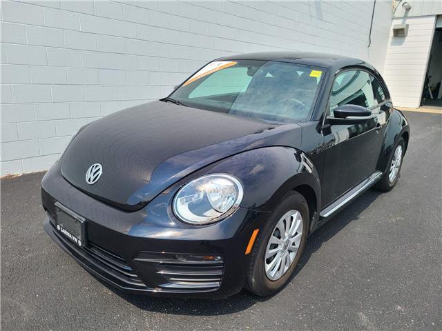 2018 Volkswagen Beetle 2.0 TSI Trendline (Stk: VU1061) in Sarnia - Image 1 of 15