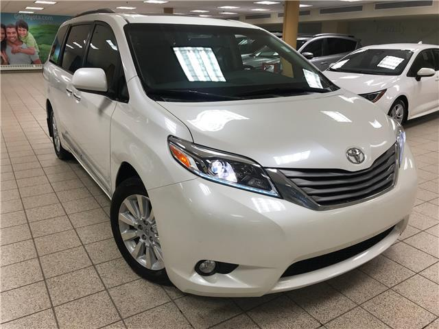 2015 Toyota Sienna XLE 7 Passenger (Stk: 201260A) in Calgary - Image 1 of 9