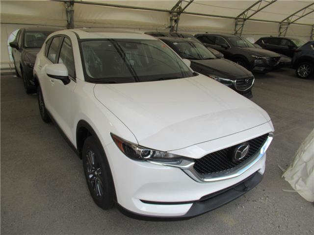 2020 Mazda CX-5 GS (Stk: M2849) in Calgary - Image 1 of 1