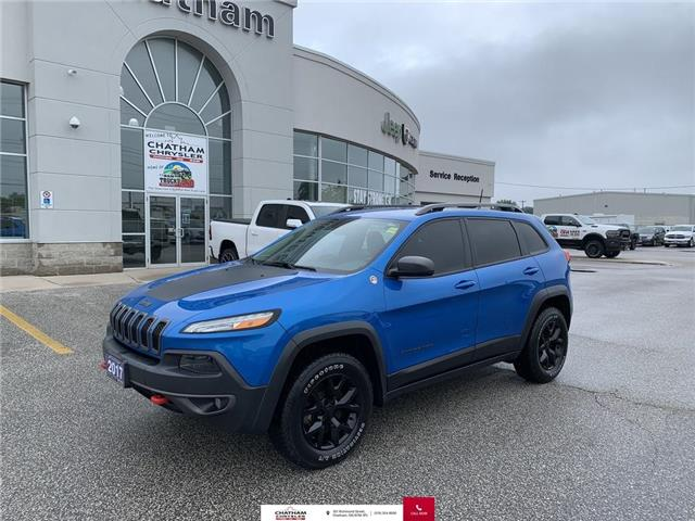 2017 Jeep Cherokee Trailhawk (Stk: N04677A) in Chatham - Image 1 of 28