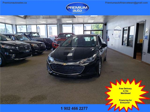 2019 Chevrolet Cruze LT (Stk: 569916) in Dartmouth - Image 1 of 19