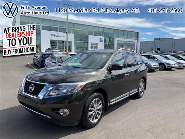 2015 Nissan Pathfinder SV (Stk: 19707A) in Calgary - Image 1 of 27