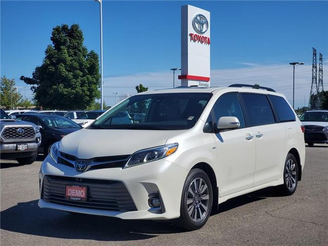 2020 Toyota Sienna XLE 7-Passenger (Stk: P2526) in Bowmanville - Image 1 of 30