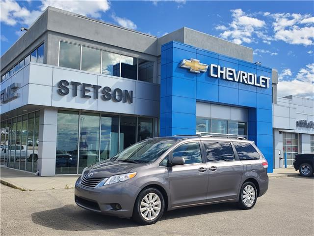 2014 Toyota Sienna XLE 7 Passenger (Stk: 20-403A) in Drayton Valley - Image 1 of 15