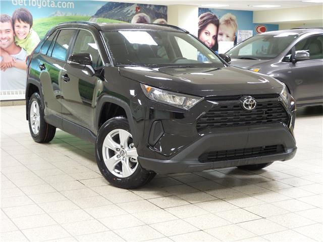 2020 Toyota RAV4 LE (Stk: 201414) in Calgary - Image 1 of 22