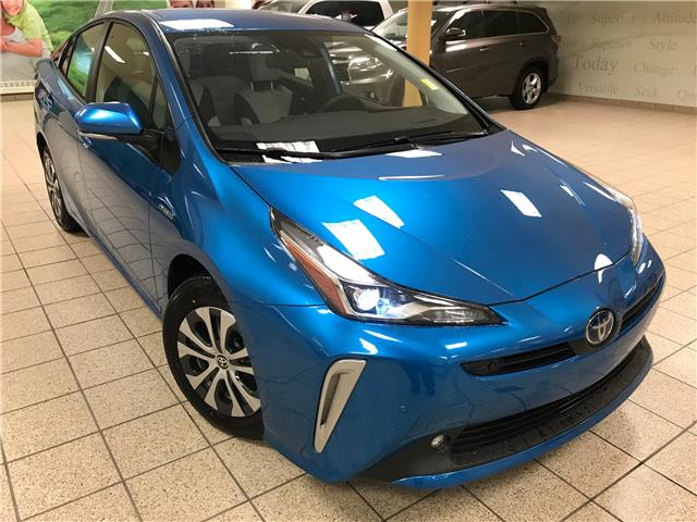 2021 Toyota Prius Technology (Stk: 210020) in Calgary - Image 1 of 21