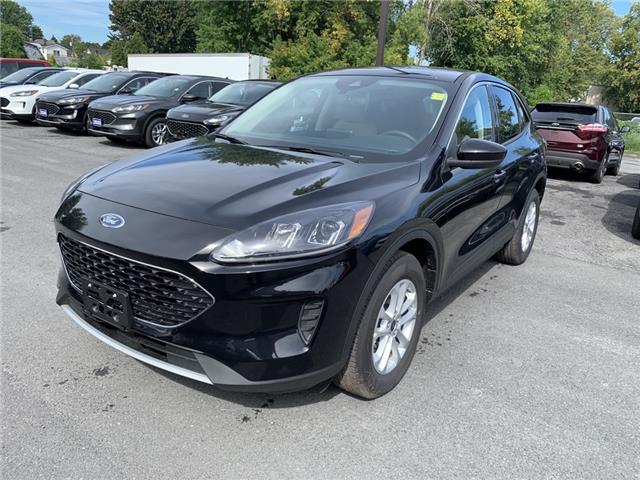 2020 Ford Escape SE (Stk: 20289) in Cornwall - Image 1 of 13