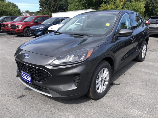 2020 Ford Escape SE (Stk: 20264) in Cornwall - Image 1 of 12