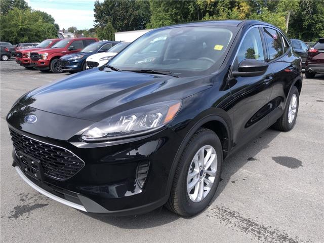 2020 Ford Escape SE (Stk: 20296) in Cornwall - Image 1 of 12