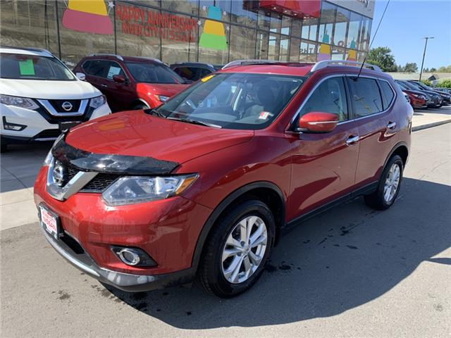 2015 Nissan Rogue SV (Stk: T20200A) in Kamloops - Image 1 of 25