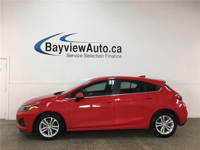 2019 Chevrolet Cruze LT (Stk: 37014R) in Belleville - Image 1 of 27